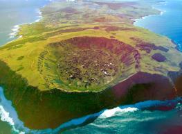 Amanecer en Rapa Nui